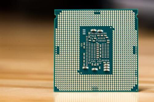 用于X299平台基准测试的英特尔18核和10核心级联Lake-X HEDT CPU