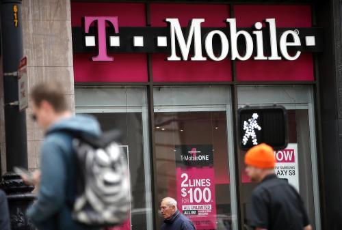 T-Mobile的最新广告活动抨击Verizon缺乏5G覆盖地图