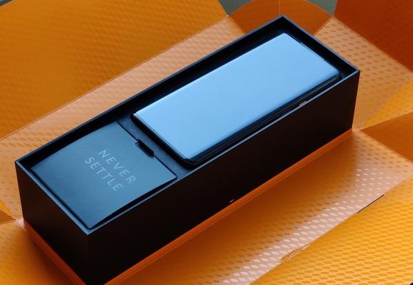 OnePlus 7T Pro迈凯伦版需要手动操作