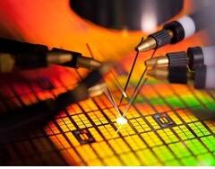 美光已将DDR5 RDIMM样品提供给合作伙伴