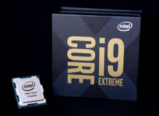 英特尔具有22核和44线程的Core i9-10990XE准备就绪