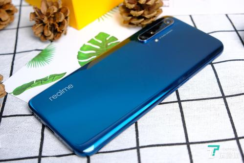 Realme X50 Pro 5G在AnTuTu展示其S865并支持Wi-Fi 6