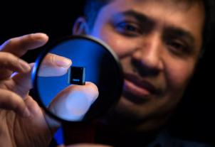 英特尔通过Foveros技术展示微小却革命性的Lakefield SOC–3D IP设计可优化性能和效率