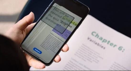 Adobe的Dually Noted在实体书籍和文档中添加了AR注释