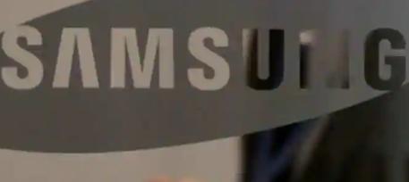 三星Galaxy Fold 2智能手机拥有更大的屏幕
