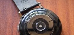 三星即将推出的Galaxy Watch具有钛金属变体