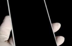 坚果手机官微发布倒计时海报 直接公布新机的核心配置