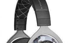 海盗船推出用于游戏的HS60触觉立体声耳机