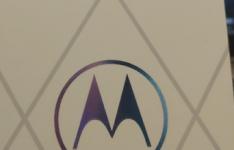 摩托罗拉新旗舰整体将于之前在海外发布的Moto Edge+机型保持一致