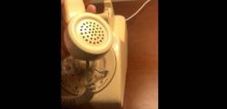 通过此Home Mini旋转电话实验挂断谷歌Assistant